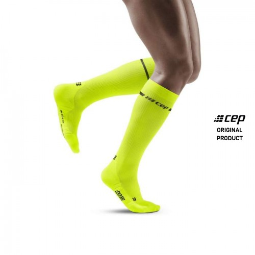 _master_cep-neon-compression-socks-neon-yellow-men-front-m-338108.jpg